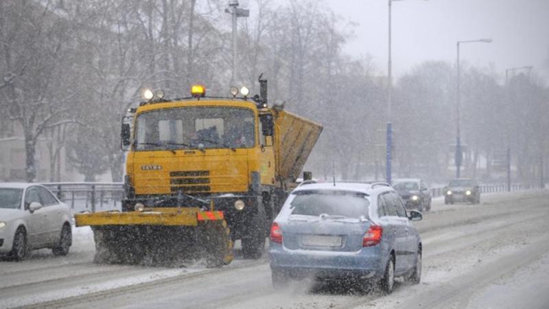 Levice sa počas zimy musia postarať o desiatky kilometrov chodníkov ... 2284a824ea0