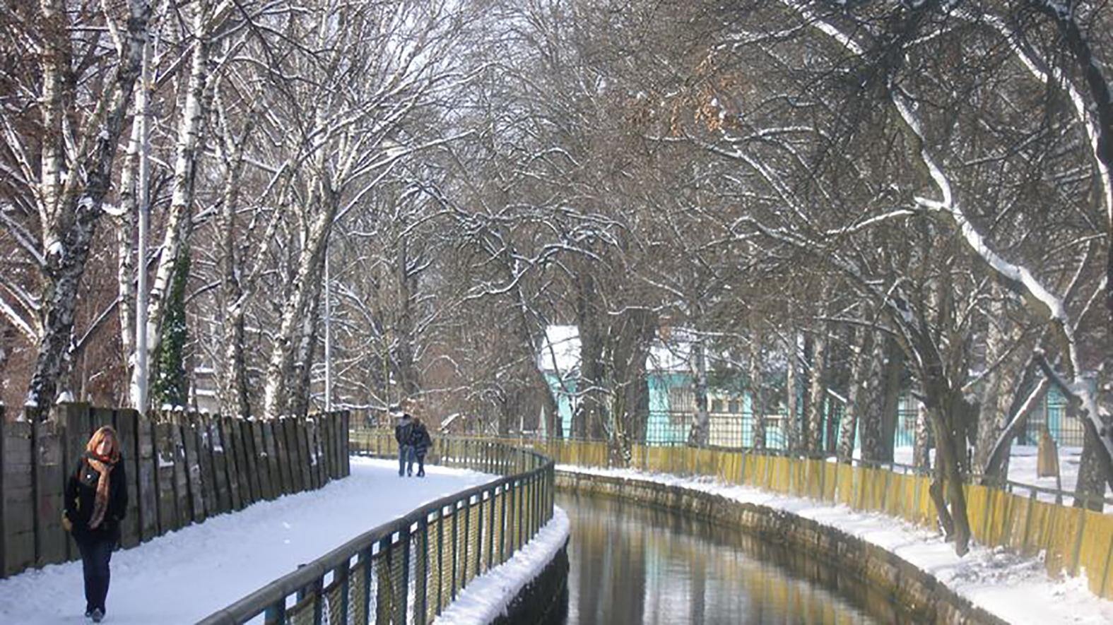 Levice sa počas zimy musia postarať o desiatky kilometrov chodníkov navyše e0d75d424a3